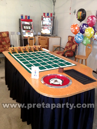 Our Horse Racing game is sure to be a hit at your next casino night, horse race theme, fundraiser, sporting event or Kentucky Derby party!